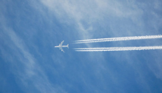 のどかな川沿いにある『飛行機ファンの聖地』をご紹介!